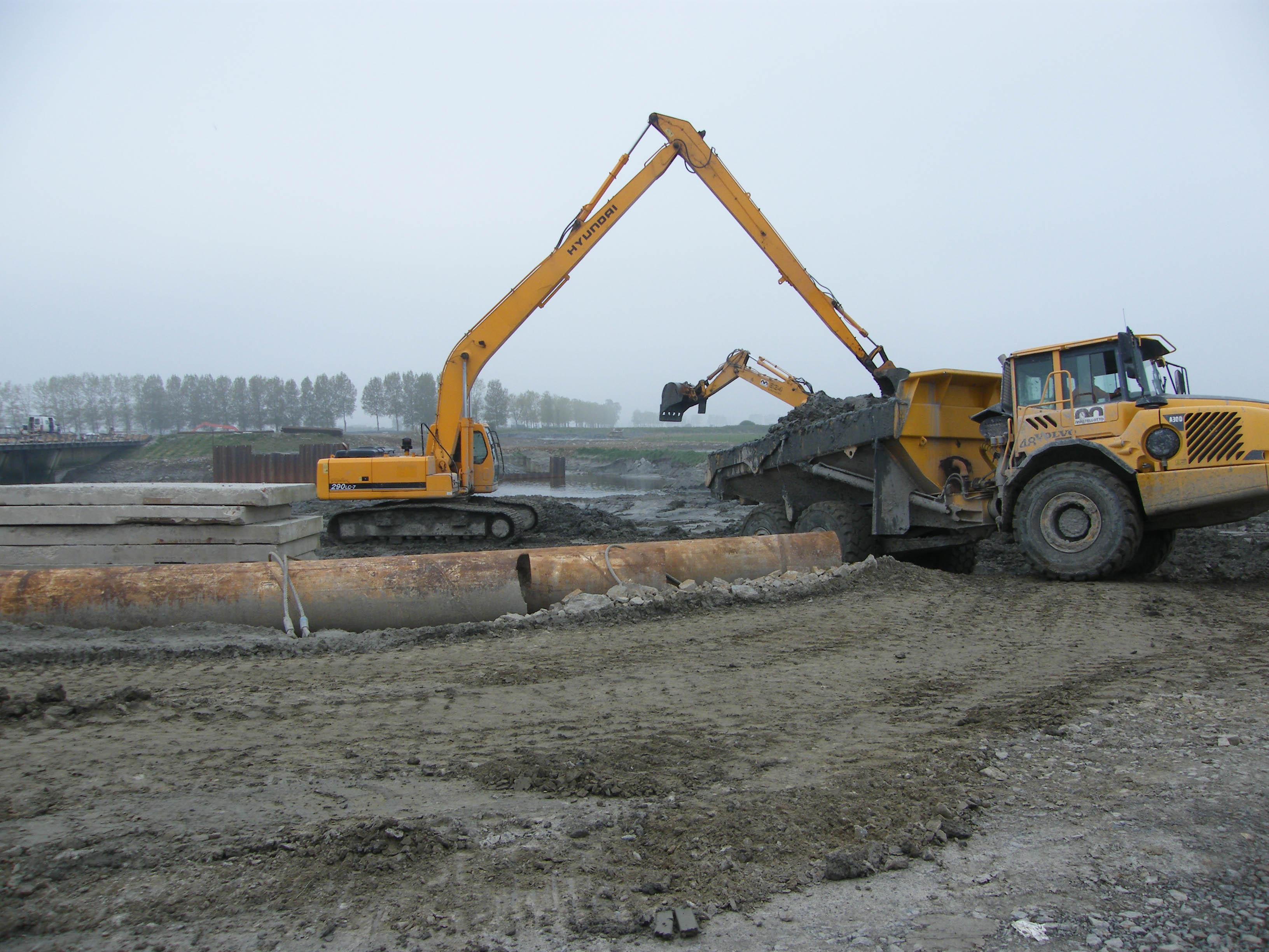 Avancement des travaux du barage du mont saint michel avril 2009 - Mont saint michel travaux ...